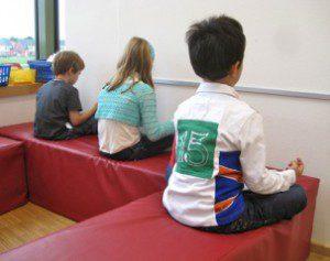 Stille-Übung in der Grundschule , Klassen 1-2